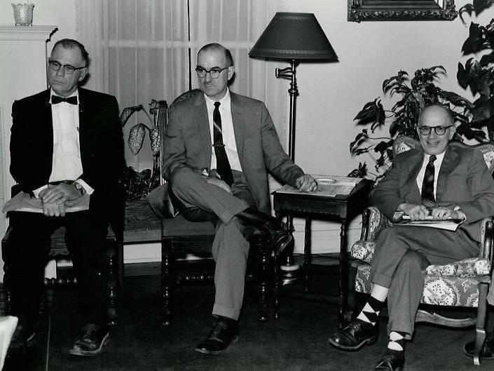 Wilbur Hoff