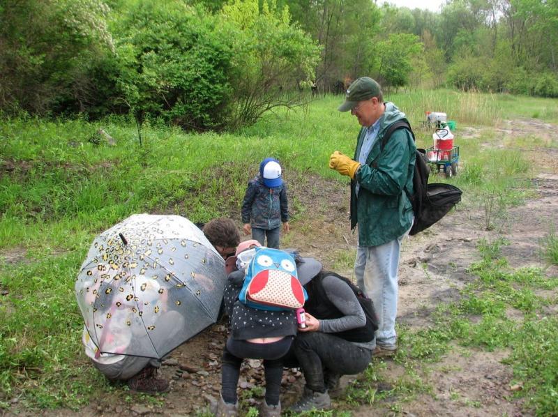 1. A.Young  ESCONI Braceville field trip  5-14-21